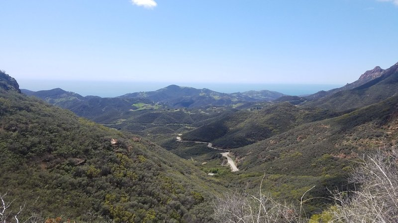 One of the first vistapoint views on the trail starting from the bottom of Sandstone Peak Loop.