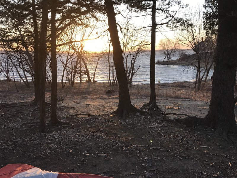 Lakeside Camping (Sunset Point)