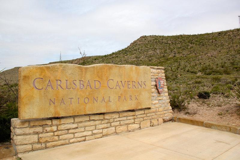 Carlsbad Caverns sign.