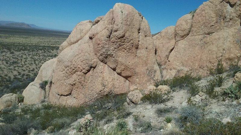 Big boulders on the west slopes