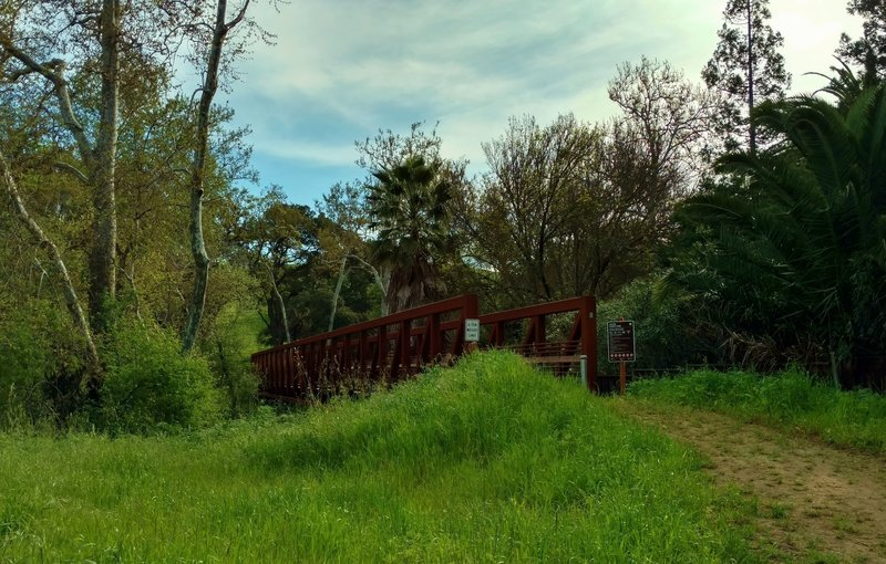 The bridge over Los Alamitos Creek at the beginning of Almaden Trail.