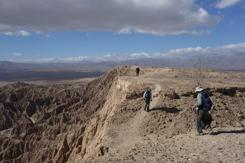 Hikers approaching Font's Point on the rim trail.