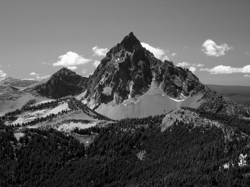 The north face of Mount Thielsen from Howlock Mountain.