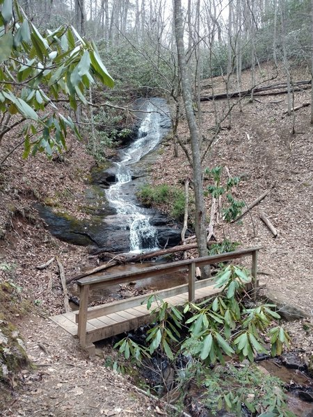 This is a photo of the first waterfall that you'll come across minutes from the Parking lot.  There are a couple of others you'll encounter not far from the trail further along.