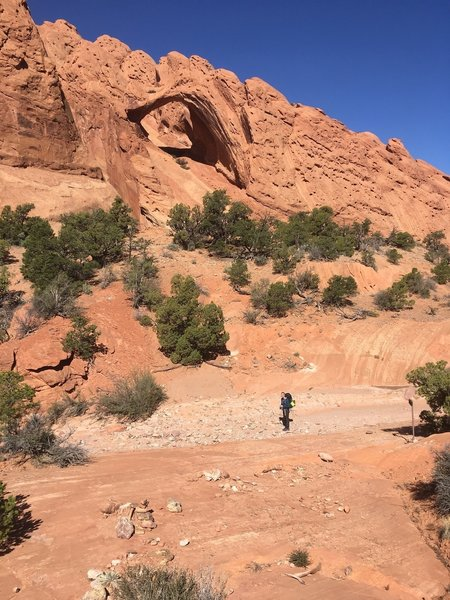 Giant and impressive arches line the west flank of the canyon route.