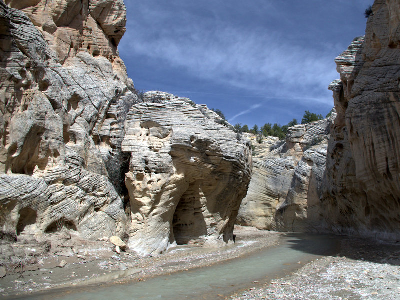 The canyon narrows just before entering Little Dry Valley