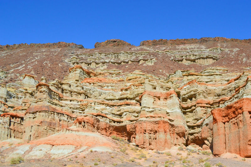 A view of the colorful layers from the trailhead parking lot