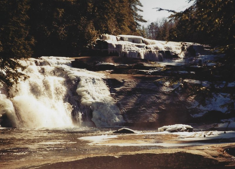 The falls during the winter