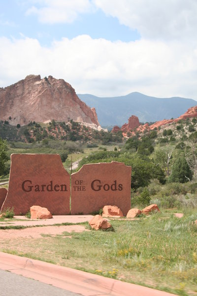 Garden of the Gods entrance sign.
