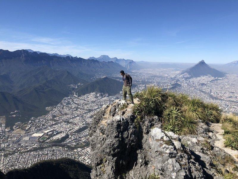 Pico Norte, Cerro de la Silla