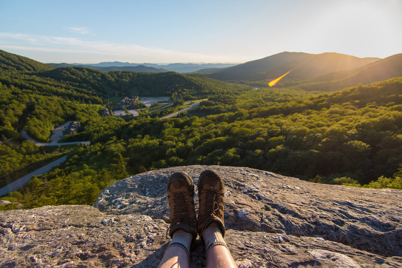 Scenic overlook at the top of Deer Leap right before sunset (Pico Mountain Resort to the left).