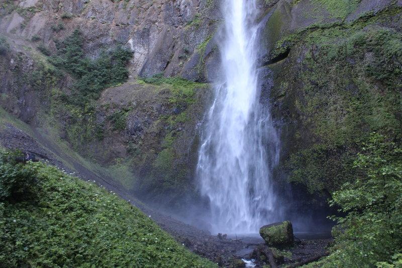 Beautiful waterfall in the Columbia River Gorge