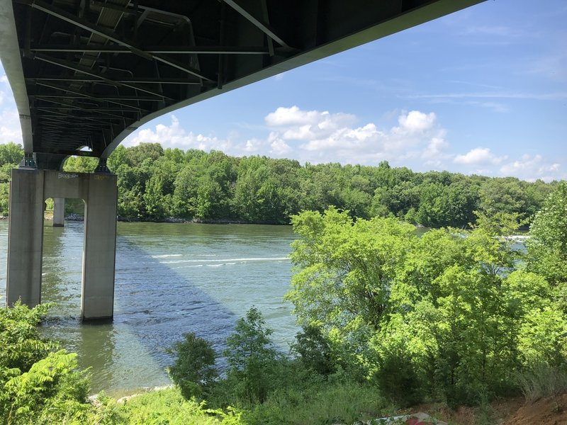 An interesting stop where where you can see Barkley Canal (connecting Kentucky Lake and Cumberland River), the bridge that runs over it, and some pretty cool graffiti.