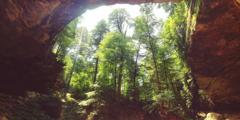 Wide Lens short from in Ash Cave