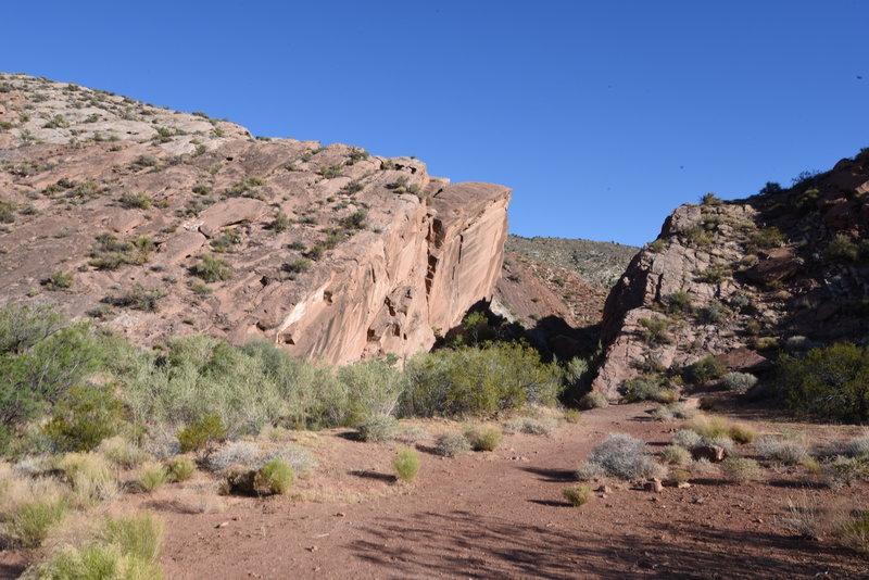 Gap of the Historic Babylon Trail