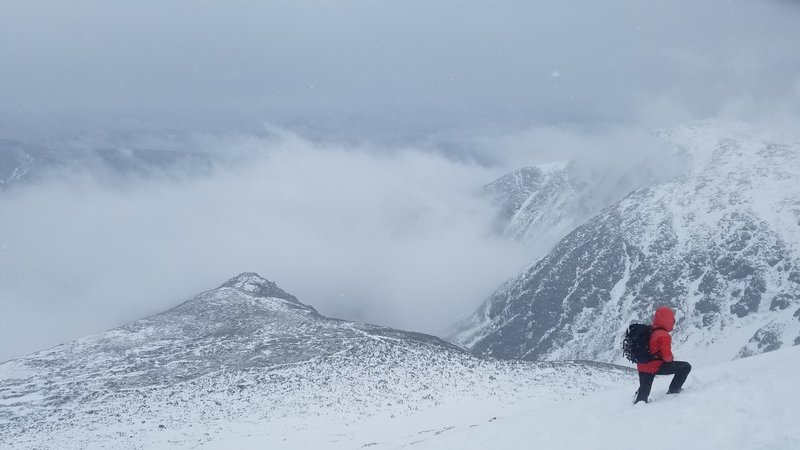 Climbing down from the summit towards Tuckerman Ravine