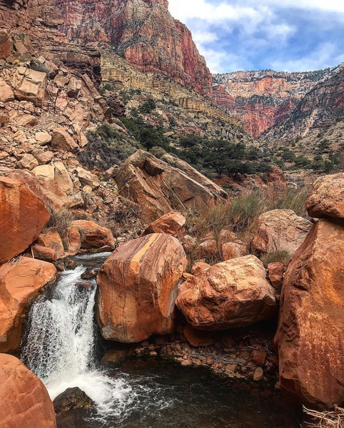 A small waterfall in Bright Angel Creek along the North Kaibab Trail.