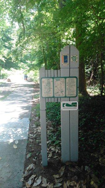 Indian Trail Park Trailhead and Kiosk