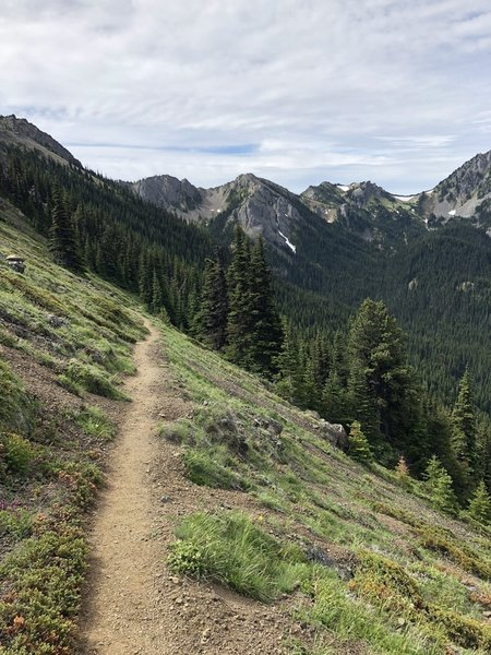 Silver Lake trail as it descends into the valley
