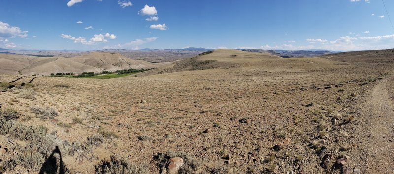 Sweeping views at the top of Beaver Creek Trail.