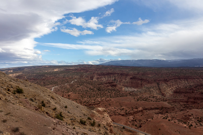 Sulphur Creek Canyon and its Goosenecks from the Chimney Rock Trail