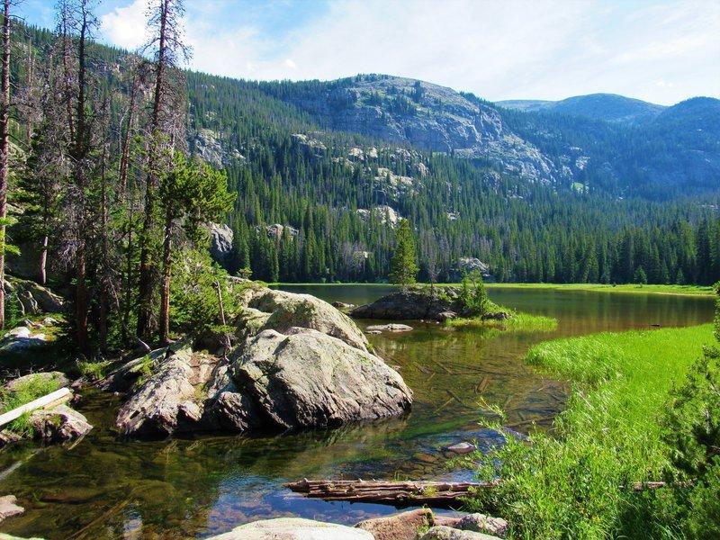 Lone Pine Lake near outlet