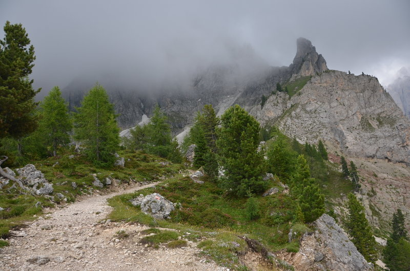 Trail between Lang- and Plattkofel on the northern side of the two peaks