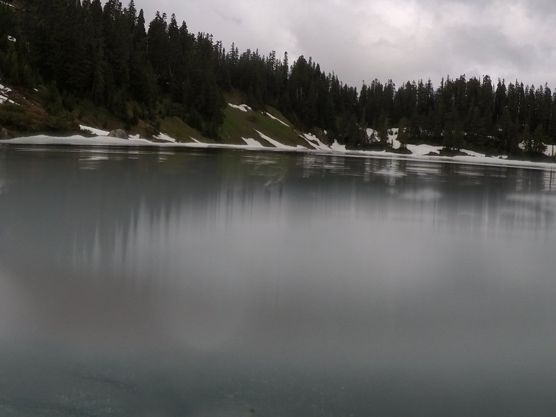 A photo in the lake.