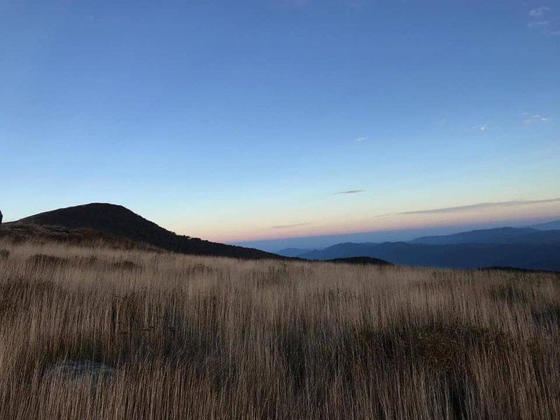 Decent of Hump Mountain toward 19E
