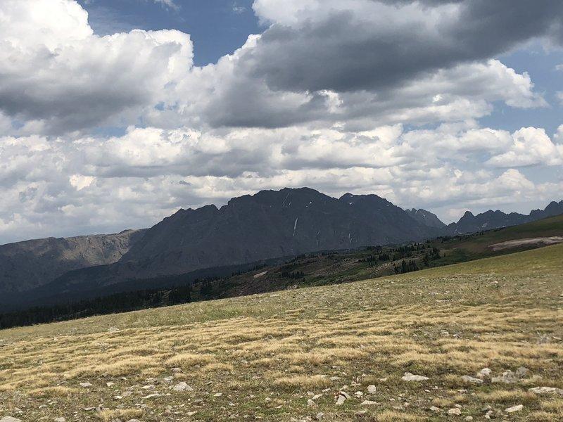 Heading towards Eagles Nest Mountain along Elliot Ridge Trail
