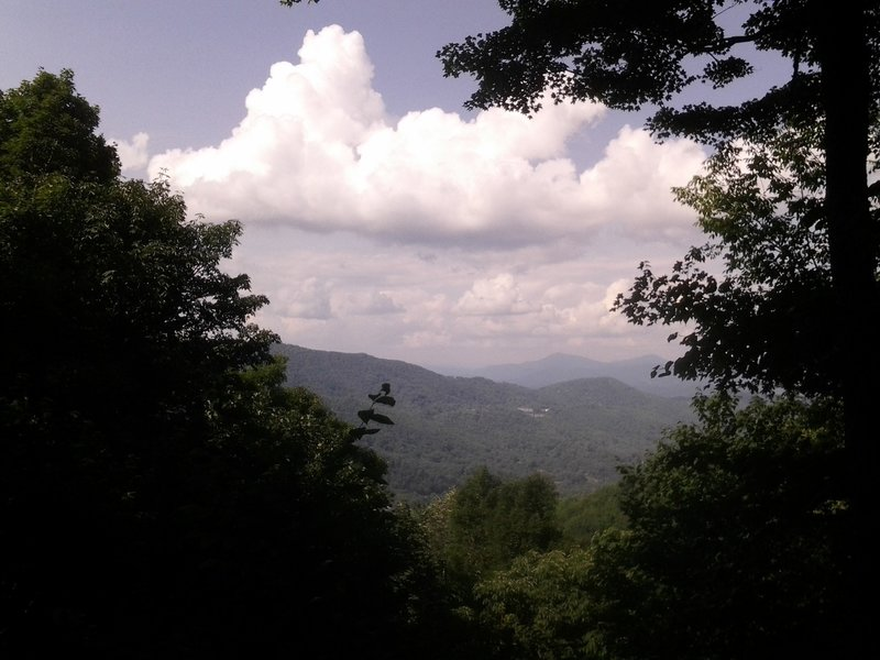 View from Foscoe View. Signage (not pictured) identifies the peaks in the distance.