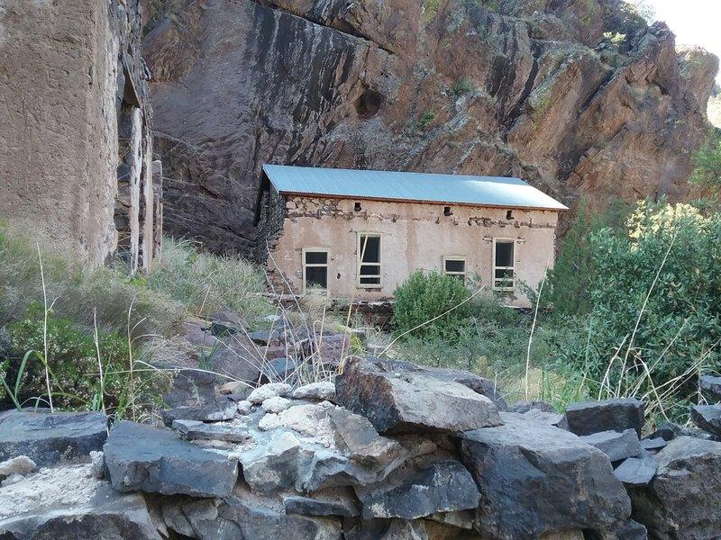 The Van Patten Camp ruins
