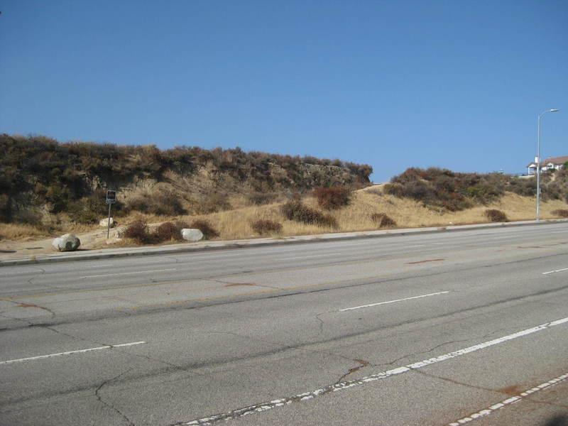 Reseda Boulevard trailhead