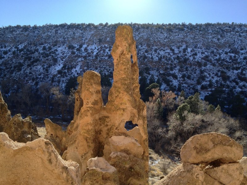 There are lots of great formations along this trail.