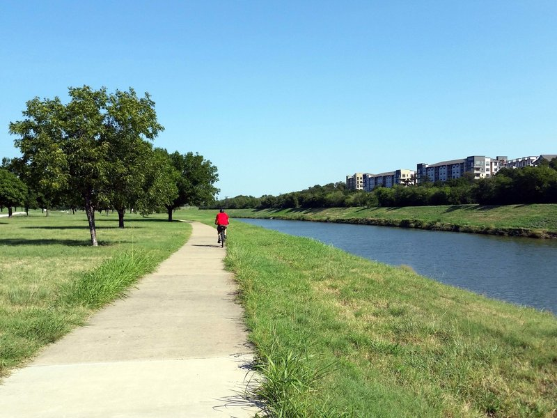 Sharing the path along the river