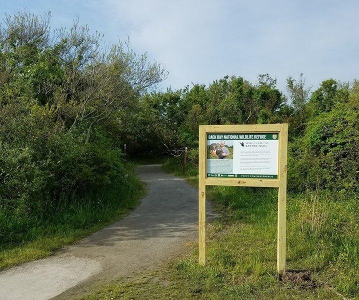 Trailhead for the Raptor Trail