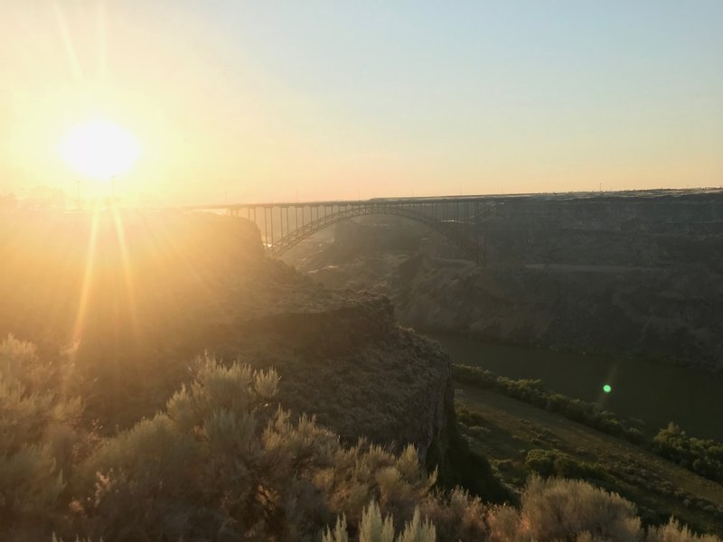 A nice sunset behind Perrine Bridge from the Snake River Canyon Rim Trail