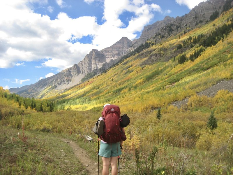 Looking back towards Pyramid Peak and some impressive Aspen groves.