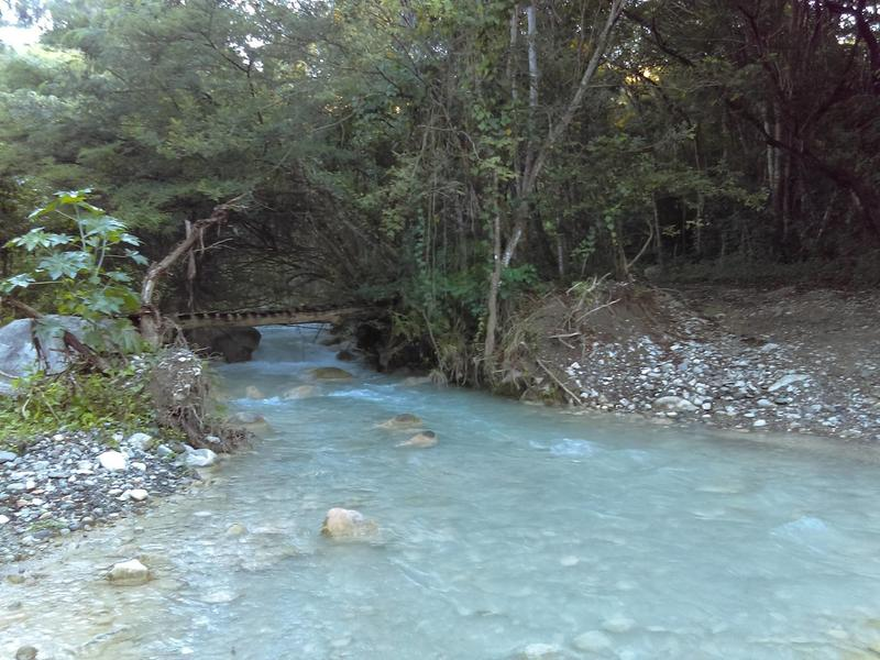 Last foot bridge on the route over the Guayabal River.