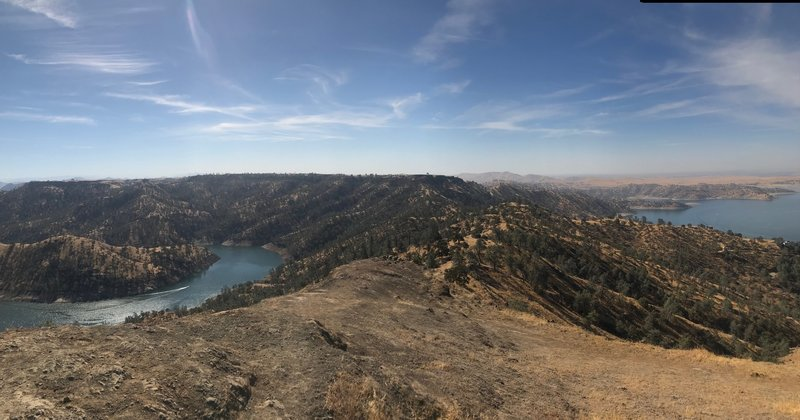 Southeast view from the top of Pincushion Peak, overlooking the San Joaquin River and Millerton Lake.