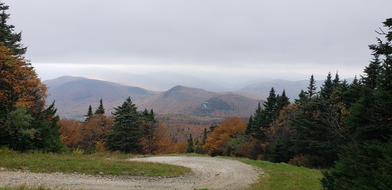 Even when is cloudy there is a beautiful view!!! Fall, October.