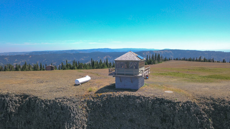 Table Rock lookout - photo via drone facing east