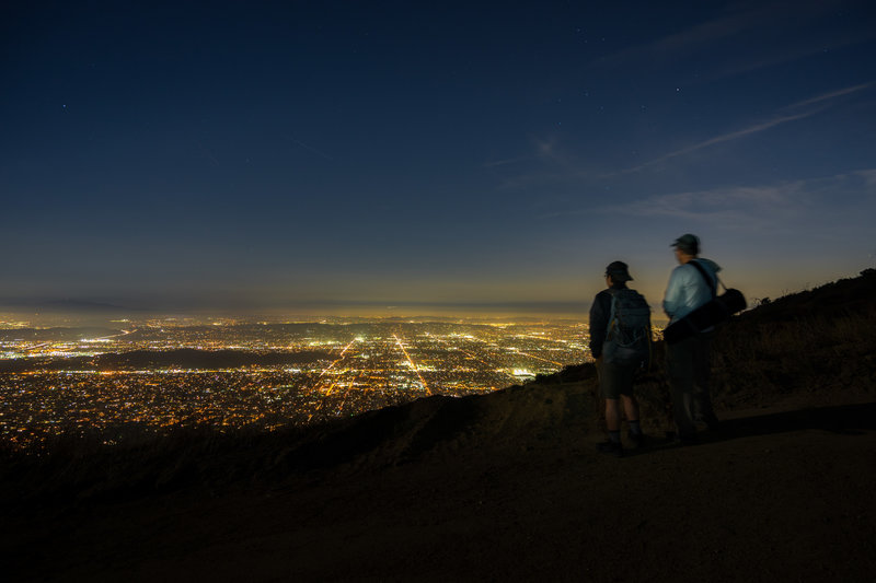 There are many observation points for city lights along the trail.
