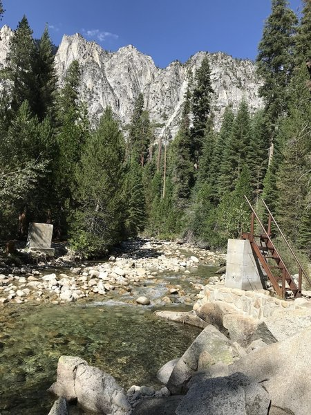 Where the bridge used to be to cross Wood Creek at Upper Paradise. Not hard to cross at all in early Sep. This is taken from the east side of the creek.