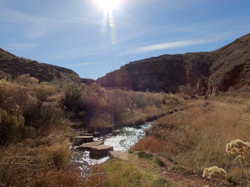 Sand Creek crossing - Bent Rock Trail