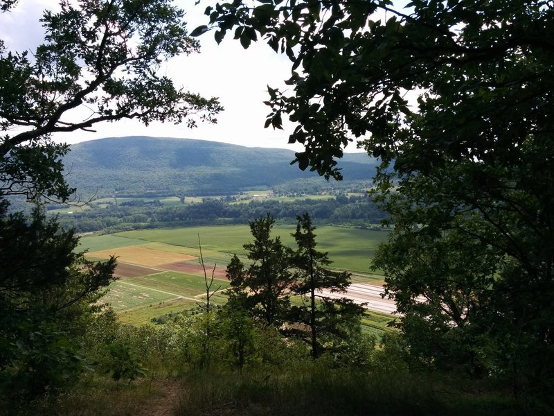 Vroman's Nose Hike