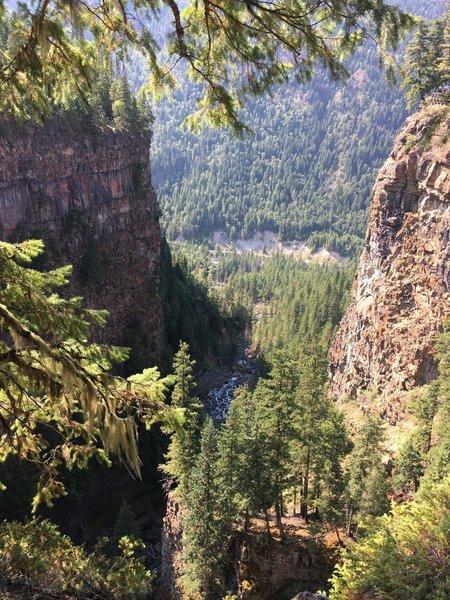 View near Spahats Falls