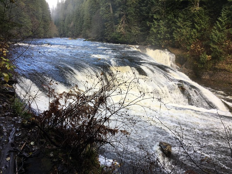 Lewis River Middle Falls