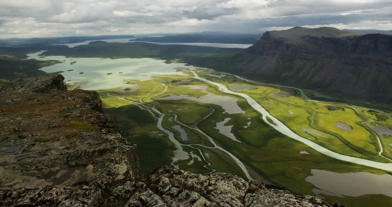 """View from Skierfe over Rapadalen. Take a detour from Aktse and see one of Sweden's most iconic views."""""""