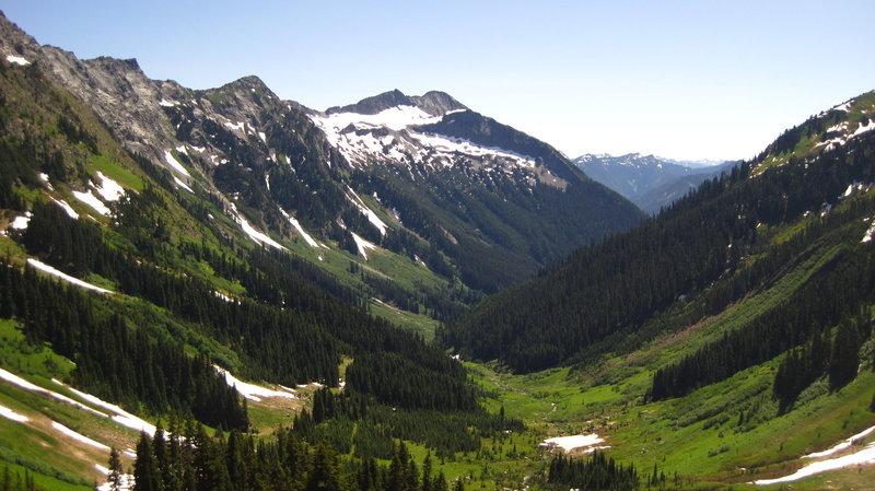 Approach to Boulder Pass